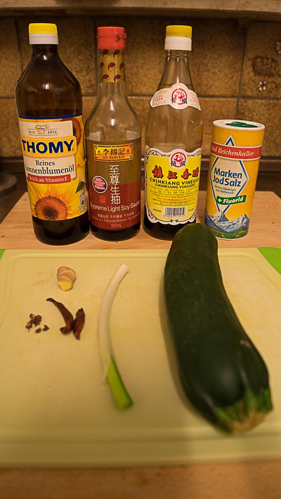 Zucchini in reisessig sauce einfach chinesisch kochen for Chinesisch kochen
