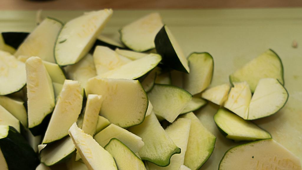 Zucchini in reisessig sauce 5 von 8 einfach chinesisch for Chinesisch kochen